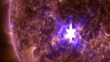 NASA зафиксировало крупнейшую за год вспышку на Солнце