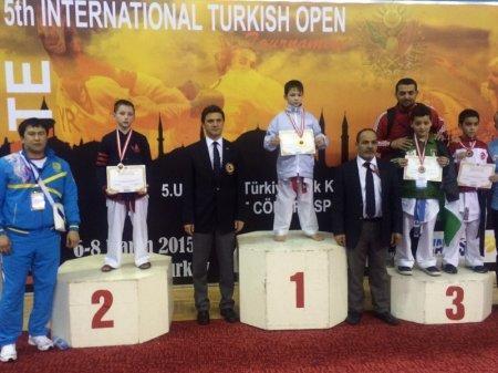 Актауские каратисты завоевали 25 медалей на международном турнире в Турции