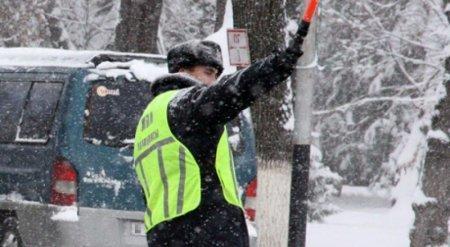 Разрешить водителям выходить из авто без разрешения полиции предлагают в РК
