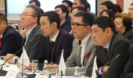 Тимур Кулибаев встретился с руководителями крупных предприятий Мангистауской области