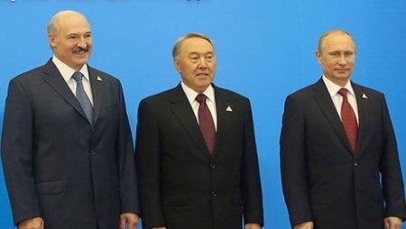 Н.Назарбаев, В.Путин и А.Лукашенко обсудили мировой кризис и ситуацию в Украине