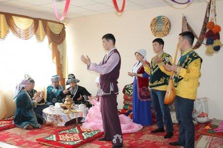 В честь Наурыза мангистауские пожарные провели конкурс на знания казахских традиций и обычаев