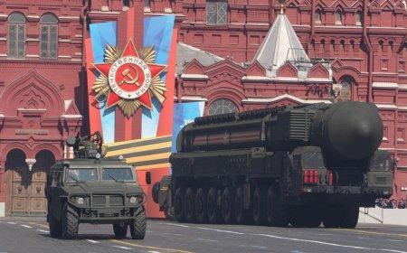 Парад Победы на Красной площади в Москве – прямая трансляция