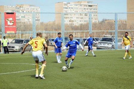 Победителем чемпионата по футболу среди ветеранов стала команда «Барс Ойл»