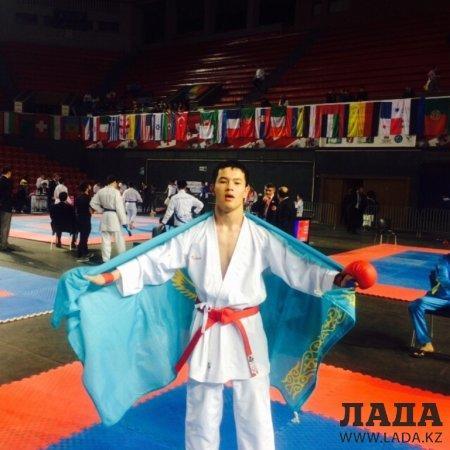 На чемпионате мира по шотокан каратэ в Тбилиси актауские спортсмены завоевали 13 золотых медалей