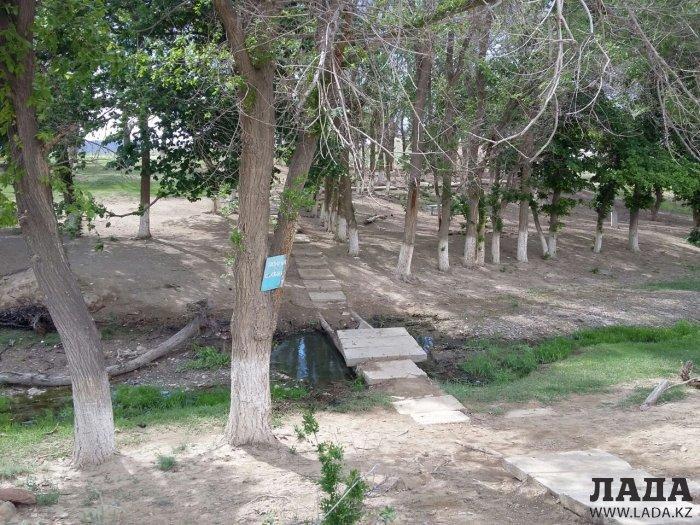 В урочище Акмыш восстановили скульптуру Ақбөбек