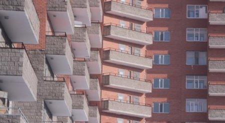 Предоставление жилья госслужащим станет обязательным в РК