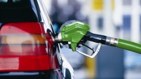АЗС, поднявшие цены на бензин, могут быть оштрафованы