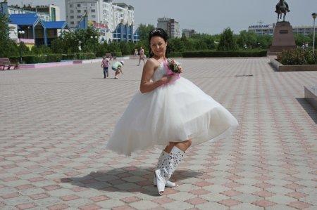 Парад невест прошел в Актау