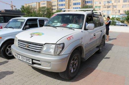 На набережной Актау стартовала автогонка «Rally KAZAKHSTAN 2015»