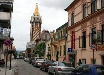 Казахстанцам предложили покупать в кредит недвижимость в Грузии