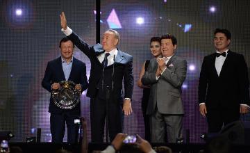 Н.Назарбаеву вручена специальная премия «МУЗ-ТВ» «За вклад в жизнь»
