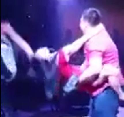 В Актау проводят конкурсы танцев, имитирующих секс