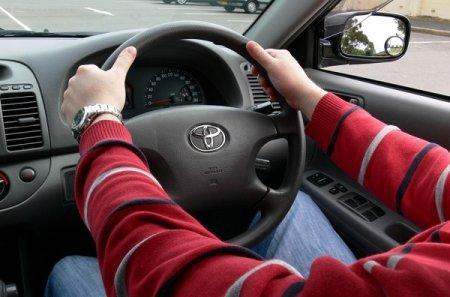 Киргизия отказалась от праворульных автомобилей