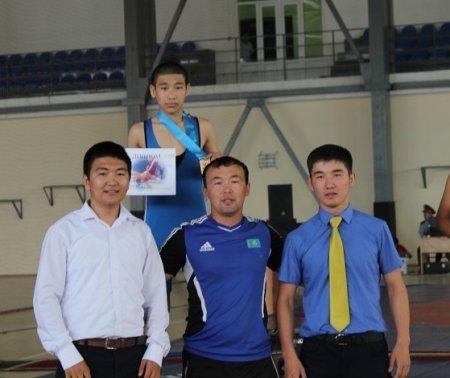 Международный турнир по греко-римской борьбе прошел в Жанаозене