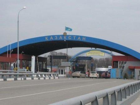 Власти Кыргызстана обещают отменить экопошлину для казахстанцев