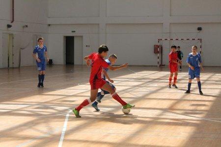 В Актау стартовал международный турнир по мини-футболу памяти тренера  Георгия Воробьева
