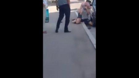 В полиции Алматы прокомментировали шокирующее видео, на котором душат мужчину