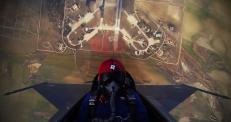 Турецкий пилот поднял самолет на 4 километра за 45 секунд
