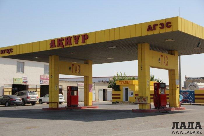 Журналисты не нашли сжиженный газ на большинстве заправок Актау