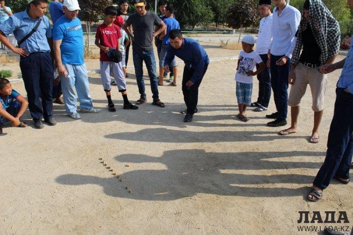 Жители Актау празднуют Ораза-айт