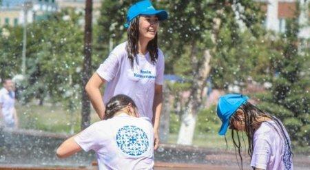 В Казахстане предложили сократить рабочий день из-за аномальной жары