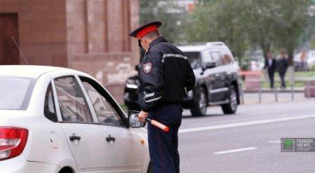 Обязать полицейских подходить к авто в течение 5 минут после его остановки предлагают в РК
