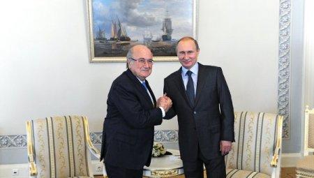 Глава ФИФА заверил Путина, что ЧМ-2018 по футболу пройдет в России
