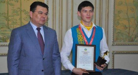 Павлодарец стал победителем Всемирной олимпиады по химии