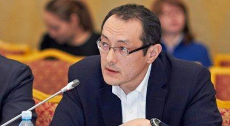 Падение курса тенге не было случайным - эксперт Halyk Finance