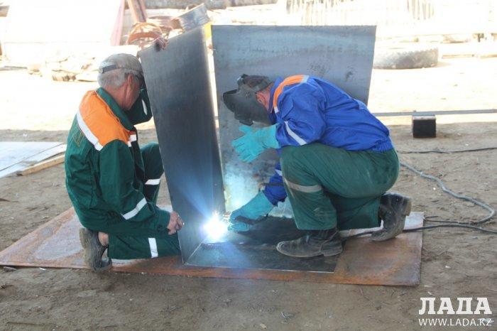 В ТОО «Caspiy Operating» пообещали установить в Актау новые контейнеры для мусора