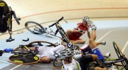 Страшное падение произошло на чемпионате мира по велоспорту в Астане