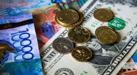 Курс доллара на утренней сессии KASE вырос почти на 5 тенге