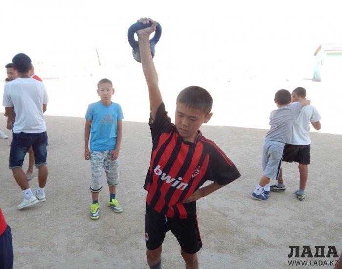 Школьники Мунайлинского района выявляли лучших в различных видах спорта
