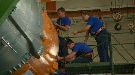Сборка ракеты-носителя и космического корабля в Байконуре завершена