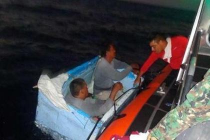 Два рыбака в Мексике четыре дня дрейфовали в море на холодильнике
