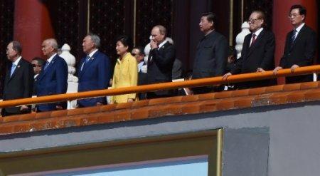 Президент Казахстана принимает участие в параде Победы в Китае
