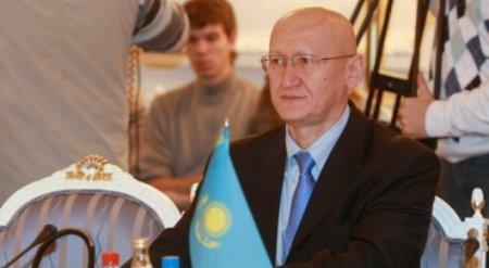 Болат Жамишев объяснил необходимость обесценивания тенге