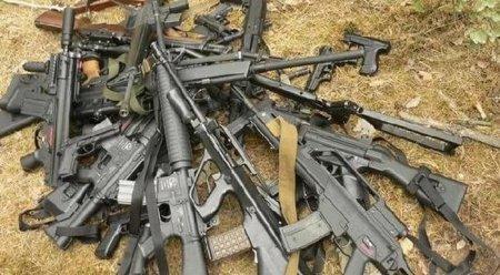 В доме жителя Шымкента обнаружили 300 автоматов
