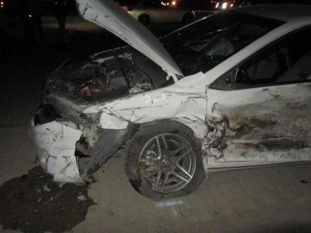 В Актау произошло ДТП с участием трех автомобилей