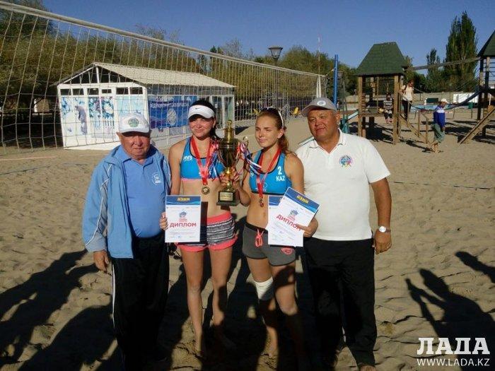 Актауские волейболисты привезли весь комплект медалей с международных соревнований