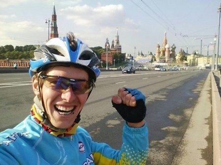 Карагандинец на велосипеде за 16 суток добрался до Москвы