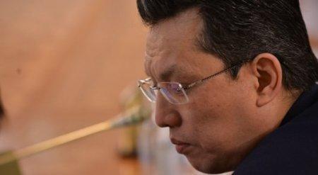 Жизнь казахстанцев при 300 тенге за доллар не изменится - министр финансов