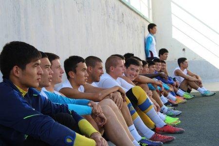 В Актау завершился курс-семинар для футбольных тренеров