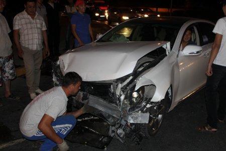 В Актау на перекрестке произошло ДТП с участием двух автомобилей