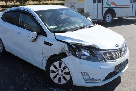 Между 13 и 15 микрорайонами Актау столкнулись два автомобиля