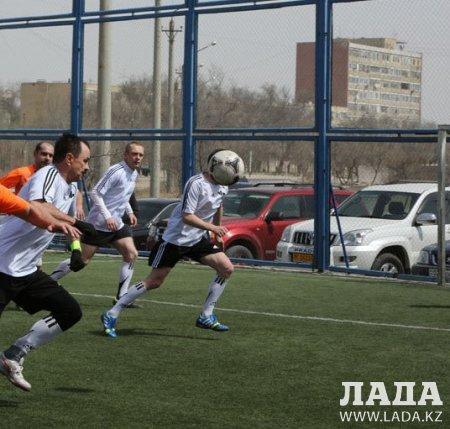 За четыре тура соревнований по мини-футболу среди ветеранов забито 150 голов