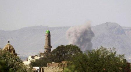 Взрыв в мечети в Йемене унес жизни 28 человек