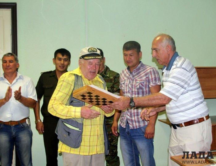 В Актау прошел турнир по шахматам среди пожарных