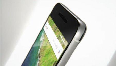 Google представил два новых смартфона Nexus